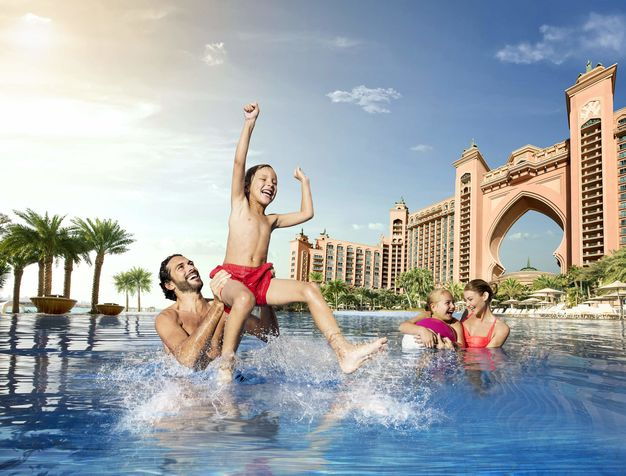 Atlantis Palm Swimming Pool GHOTW
